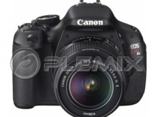 Canon EOS 400D Rebel XTi Digital Camera with 18-