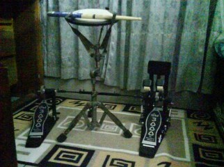 DW 3000 twin double kick drum pedal