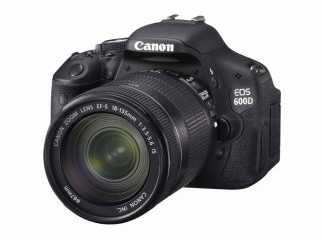 Canon EOS 600D 18 MP CMOS Digital SLR Camera with