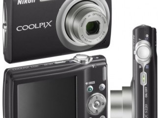Brand New Nikon Coolpix S203 10MP Digital Camera