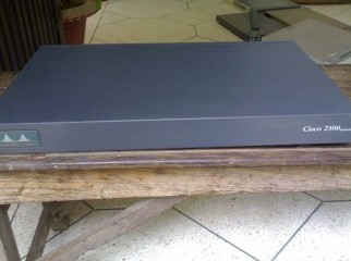 Cisco 2500 Serise Router