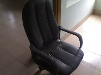 Managarial Chair 2 pcs