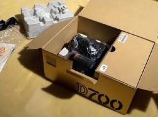 F s Nikon D700 DSLR Camera