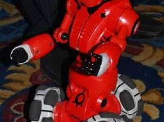 WOWWEE TRIBOT