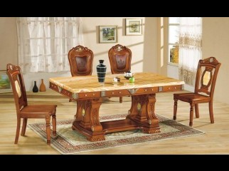 Luxurious Dinning Table
