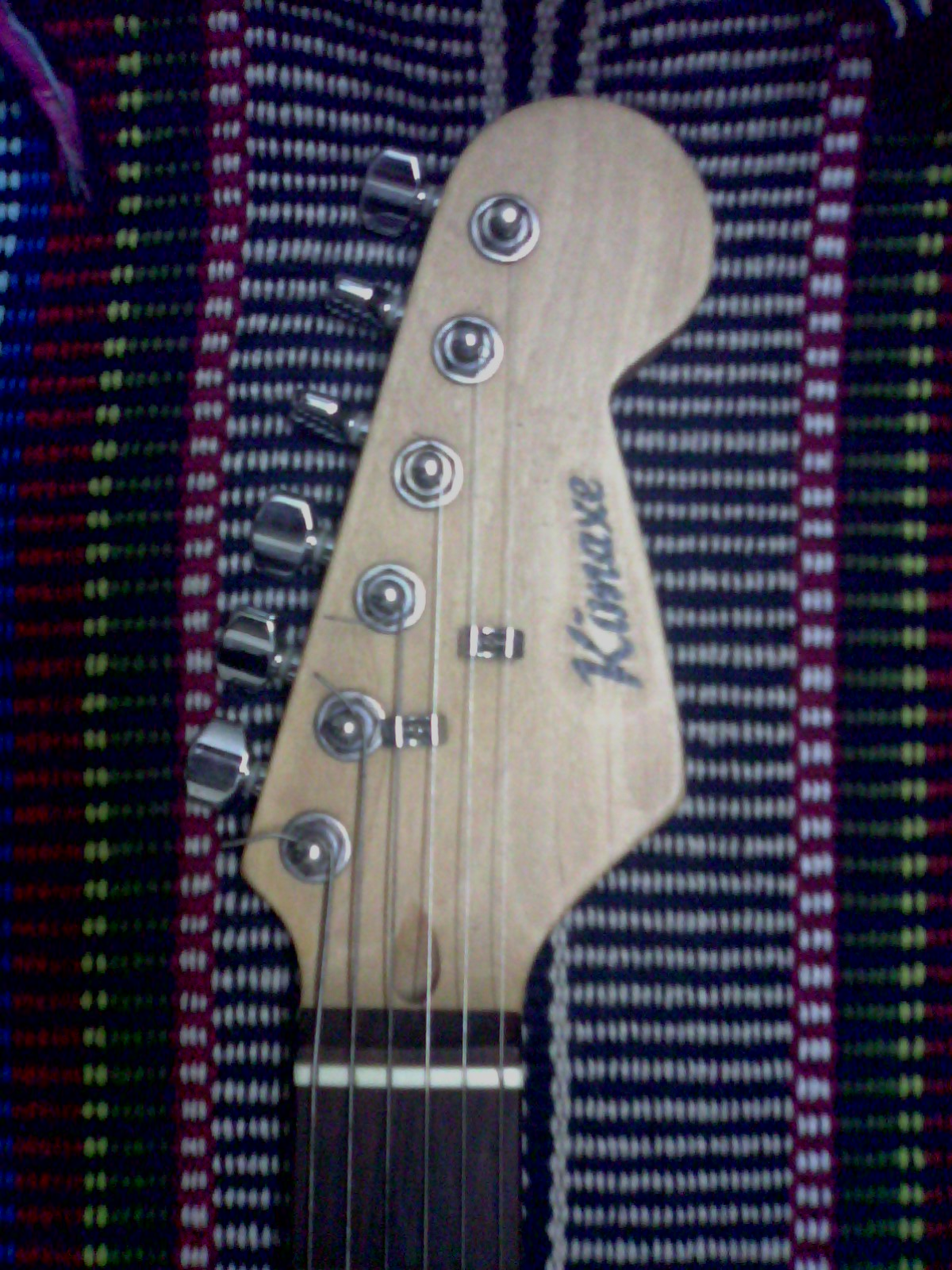 urgent sell kimaxe lead guitar clickbd. Black Bedroom Furniture Sets. Home Design Ideas