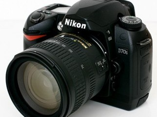 Nikon D70s with 18-70mm Lens