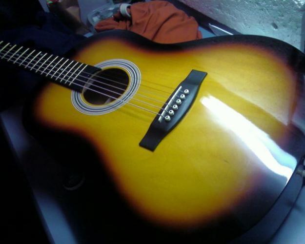 tgm guitar for sell 01715089718 clickbd. Black Bedroom Furniture Sets. Home Design Ideas