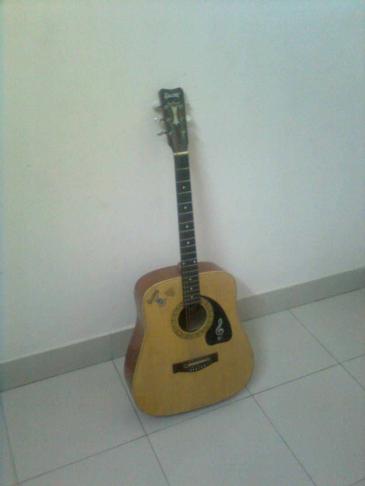 givson jumbo acoustic guitar clickbd. Black Bedroom Furniture Sets. Home Design Ideas