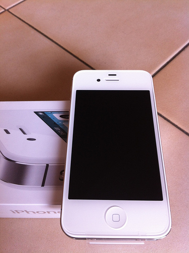 Apple iPhone 4S 32GB 64GB | ClickBD large image 0