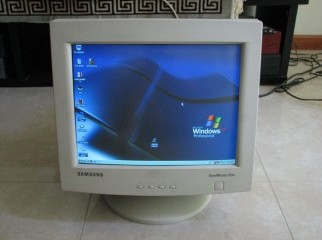 Samsung Sync Master 551s 14inch CRT Monitor