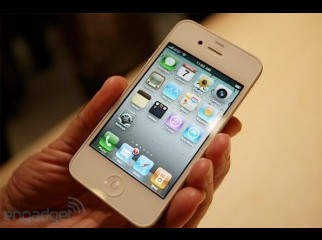 aLMOST bRAND NEW iPHONE 416GB WHITE