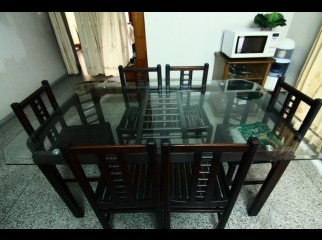Hatil made transparent glass dining table