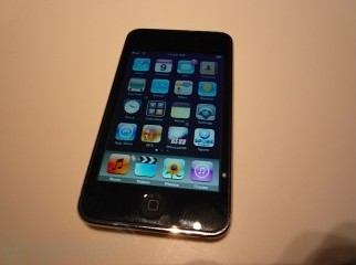 Ipod touch 2G fully unlocked- 8gb