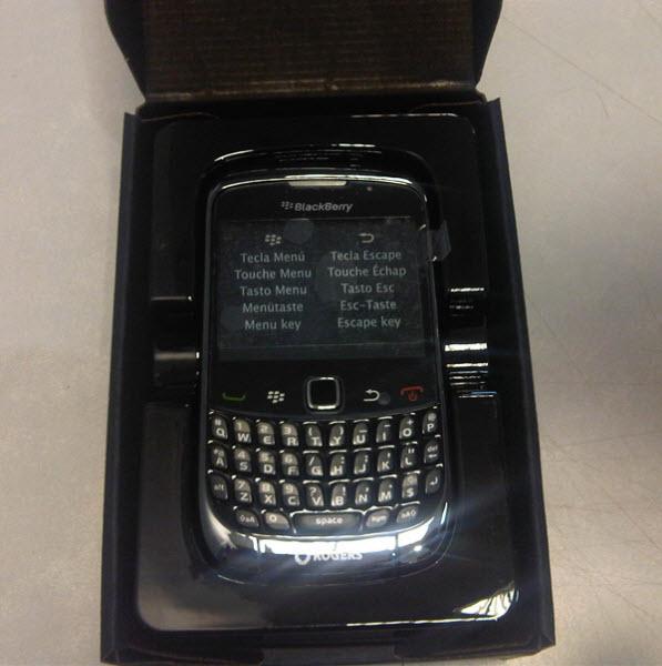 Blackberry curve 9300 3g t mobile unlocked clickbd for Housse blackberry curve 9300