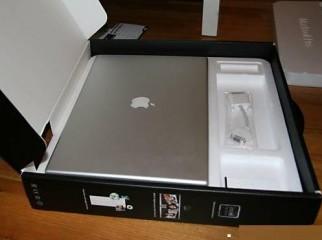 Apple MC372LL A MacBook Pro 15-inch 2.53GHz Laptop