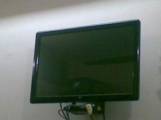 Fujitsu 22 Wide LCD TV Monitor