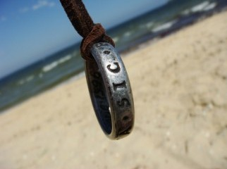 Uncharted 3 Nathan Drake s Ring Necklace