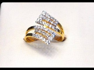 EXCLUSSIVE DESIGNERS LADIES DIAMOND RING