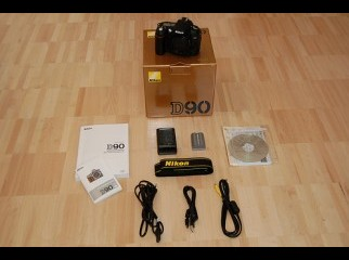 Nikon D90 12MP DSLR Camera 400USD