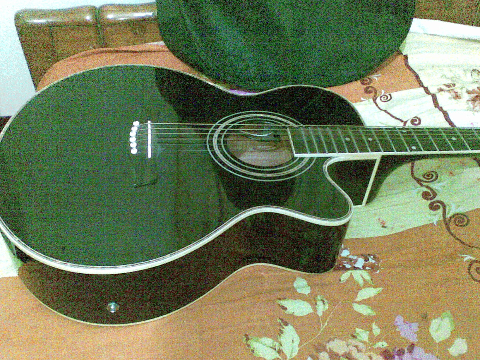 acoustic guitar with volume CONTROLLER | ClickBD large image 0