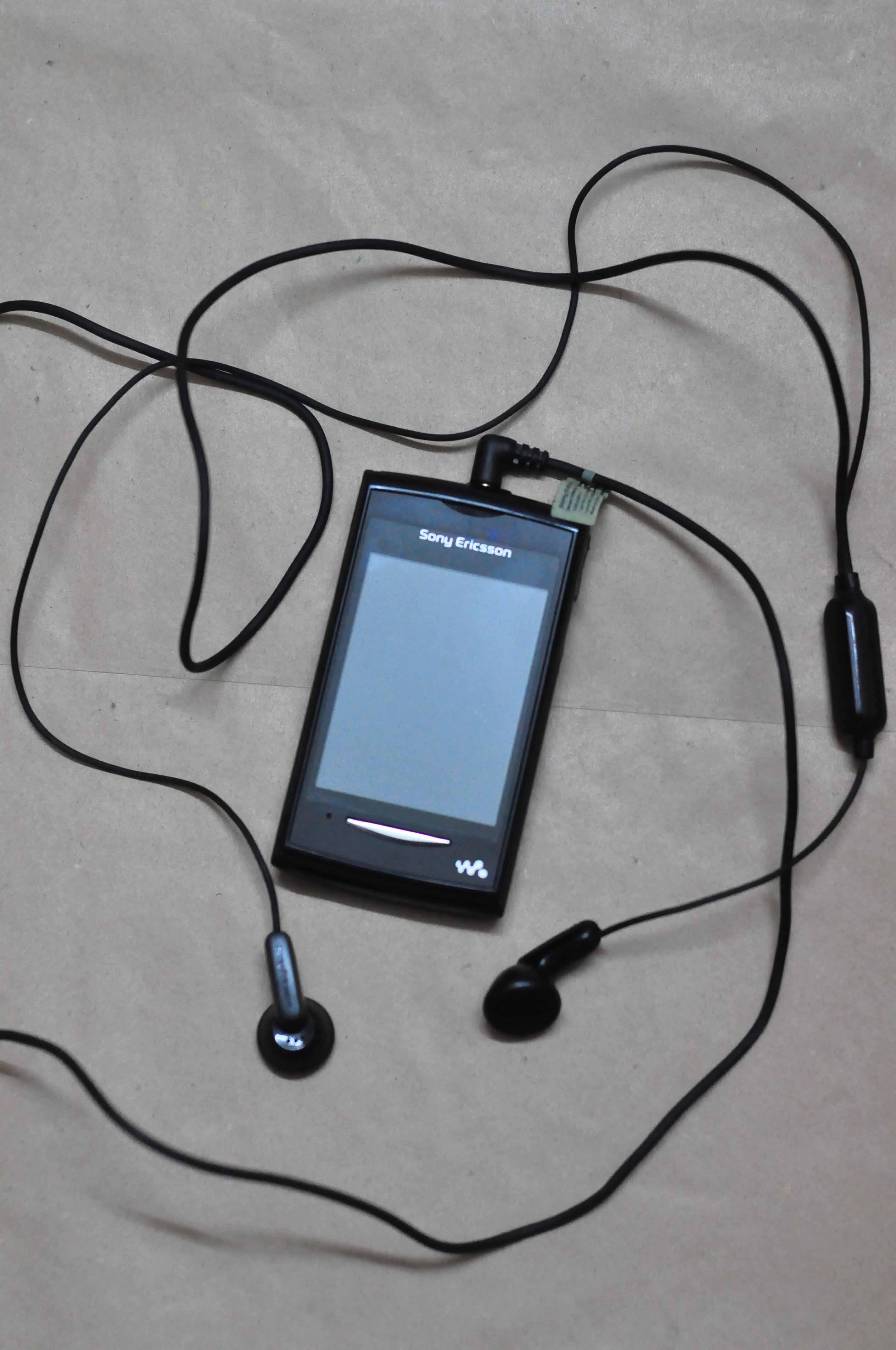 Brand New Full Touch Sony Ericsson Walkman W150i for sale   ClickBD ...