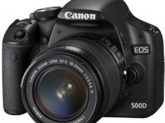 canon 550 d 18-55m less and a 50mm 1.8lens