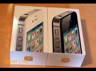Apple iPhone 4S 16GB FACTORY UNLOCKED Brand New Intact