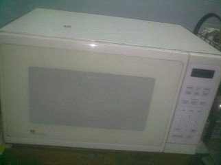 White-Westinghouse micro waveOven