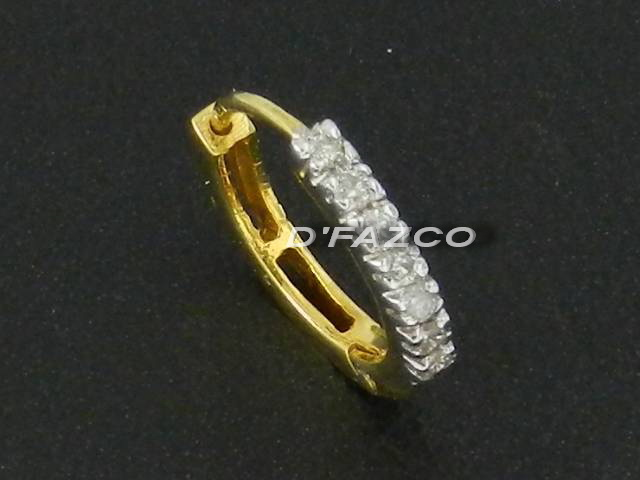 DIAMOND NOSE RING in WHITE GOLD GOLD