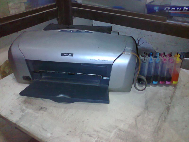 Epson R230 Great Condition 8000 Clickbd
