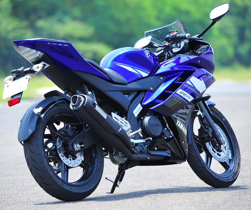Yamaha R15 Version 2 | ClickBD large image 0