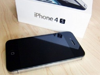 BRAND NEW APPLE IPHONE 4S 32GB UNLOCKED FOR SALE