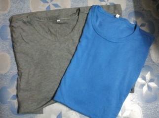 mens Tshirt. solid. urgents sale.