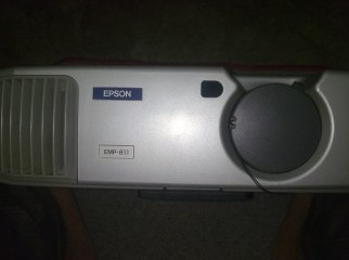 EPSON-EMP811 LCD projector