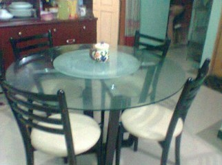Otobi Dinning table with good condition