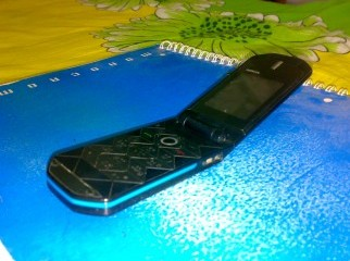 Nokia 7070d prism black in great condition