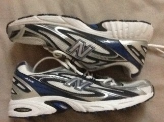 New Balance 425 Running Shoes