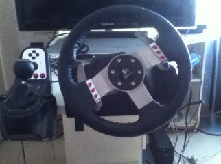 Logitech G27 Racing Wheel limited edition