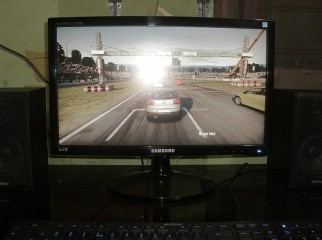 Samsung 22 inch Wide LED Monitor.Can be Use for as a TV