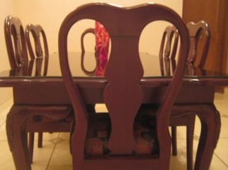 Eight seater elegant dining table