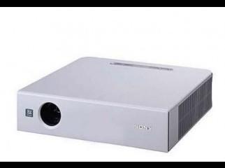 Sony VPL-CS6 Projector