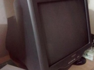 Philips 17 inch CRT monitor model 107S7