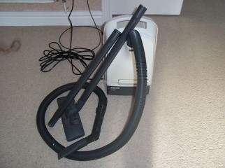 PHILIPS T300 VACUUM CLEANER