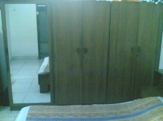 3 Part wardrobe with full- length mirror 100 teak