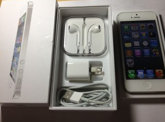 Latest Iphone 5 16GB White.Full boxed.