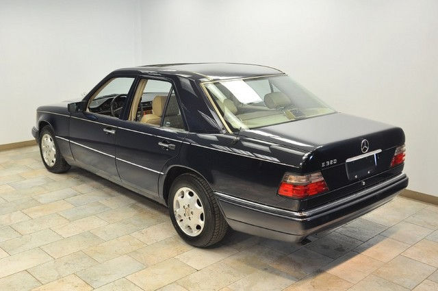 Mercedes benz e320 limited edition 2002 clickbd for Mercedes benz limited edition