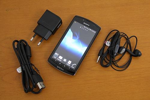 Sony Xperia Neo L Black 4 inch   ClickBD large image 0Xperia Neo L Black