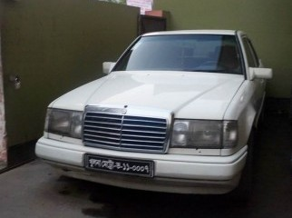 Mercedes Benz E320 LIMITED EDITION 2002