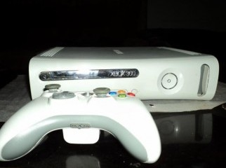XBOX 360 60 GB PRO LT3 MODDED FOR SALE